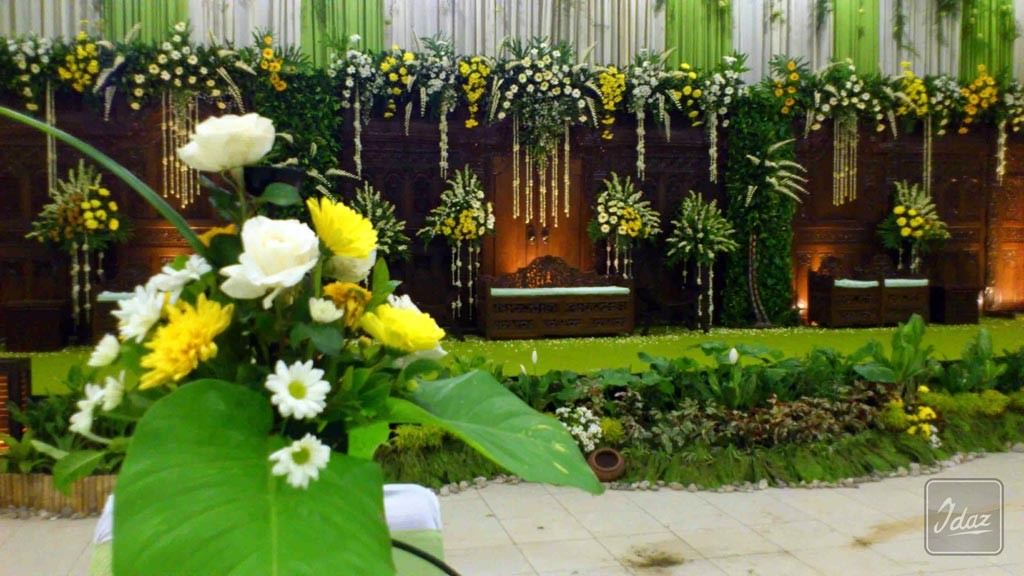 dekorasi-pernikahan-tradisional-royal-wedding-by-Idaz-dekorasi