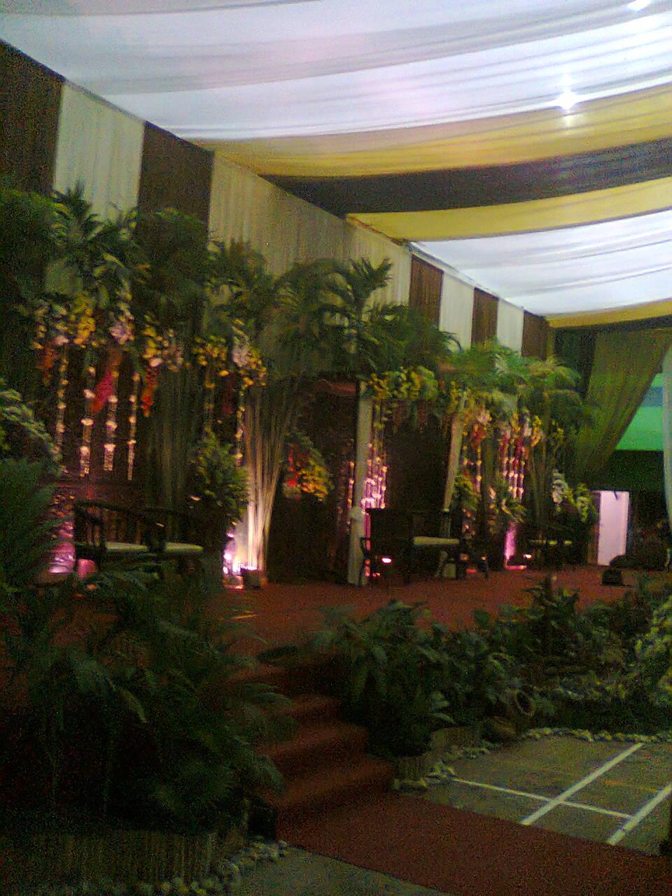 Kamar pengantin idaz dekorasi dekorasi pelaminan auto for Dekorasi kamar pengantin di hotel