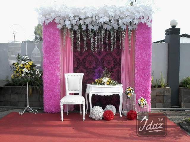 photobooth-di-salah-satu-sudut-sidepool-griptha-kudus-by-idaz-dekorasi