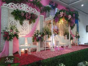 dekorasi-modern-nuansa-pink-di-dprd-kudus-by-idaz-dekorasi