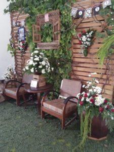 dekorasi fotobooth rustic di kudus Graha Mustika by idaz dekorasi